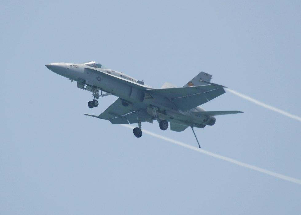 F18DirtyPass.jpg