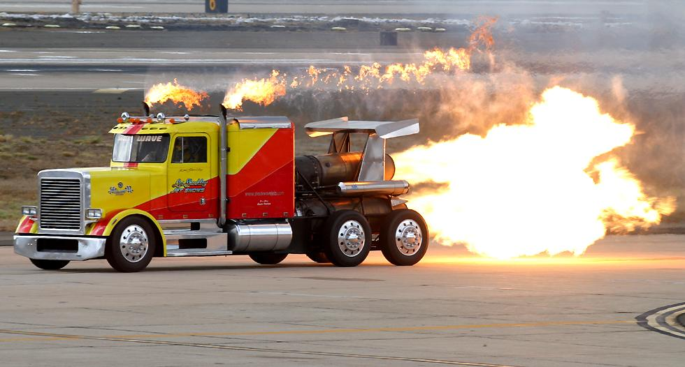 http://www.richard-seaman.com/Aircraft/AirShows/Miramar2004/Highlights/JetTruck.jpg