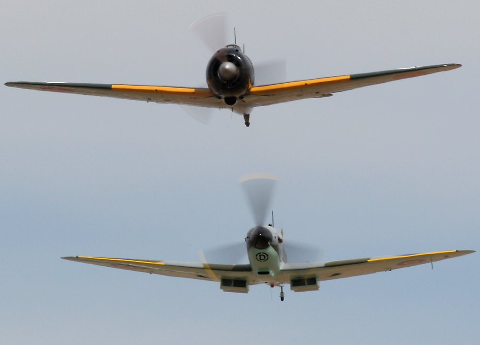 Spitfire wallpaper 40k spitfire and zero