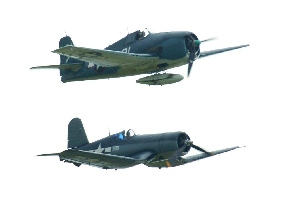 War Thunder - Corsair vs Zero - YouTube