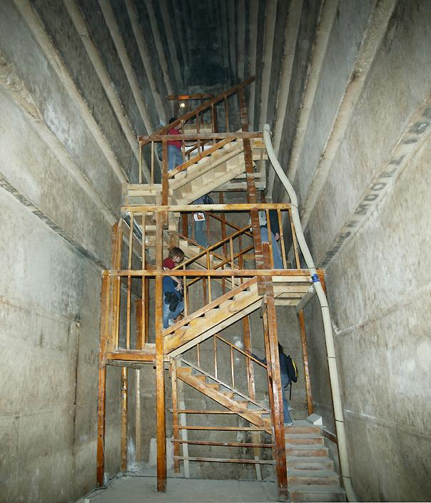 staircase in the second corbelled chamber