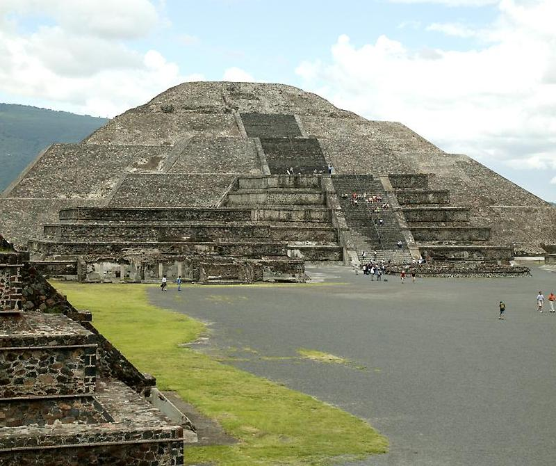 an in depth look at the famous pyramid of the sun in mexico Florida's gulf of mexico west coast may not which is an excellent place to look for kingfish that are attracted to the reef's tall pyramid structures and a 35.