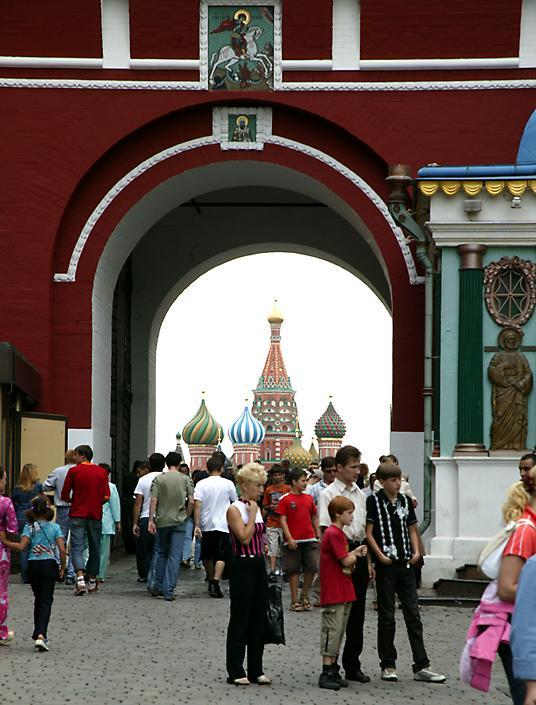 复活门在入口处红场