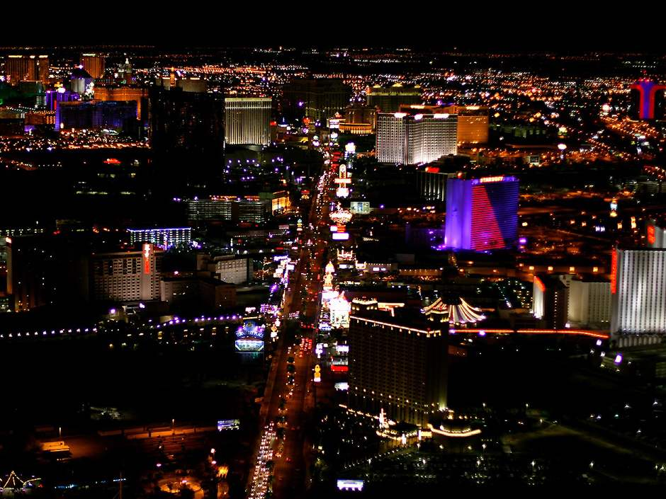 las vegas strip at night wallpaper. Las Vegas