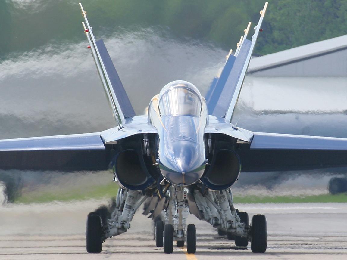 http://www.richard-seaman.com/Wallpaper/Aircraft/Displays/UsTeams/AngelsHeadOnTaxying.jpg