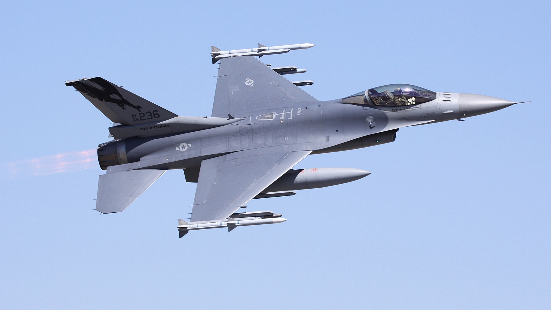 Cool Wallpaper High Resolution Fighter Jet - F16Riverside2009Wide  Perfect Image Reference_983283.jpg