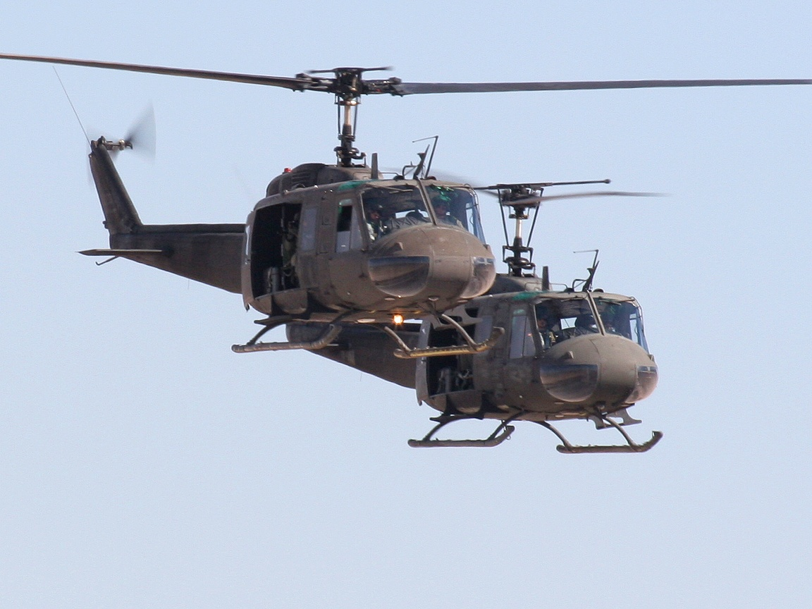 american helicopter gunship - photo #6