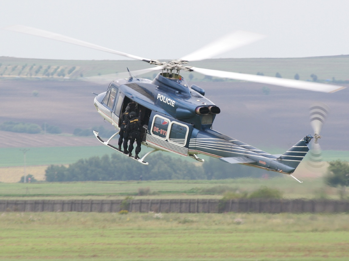 civilian helicopter wallpaper