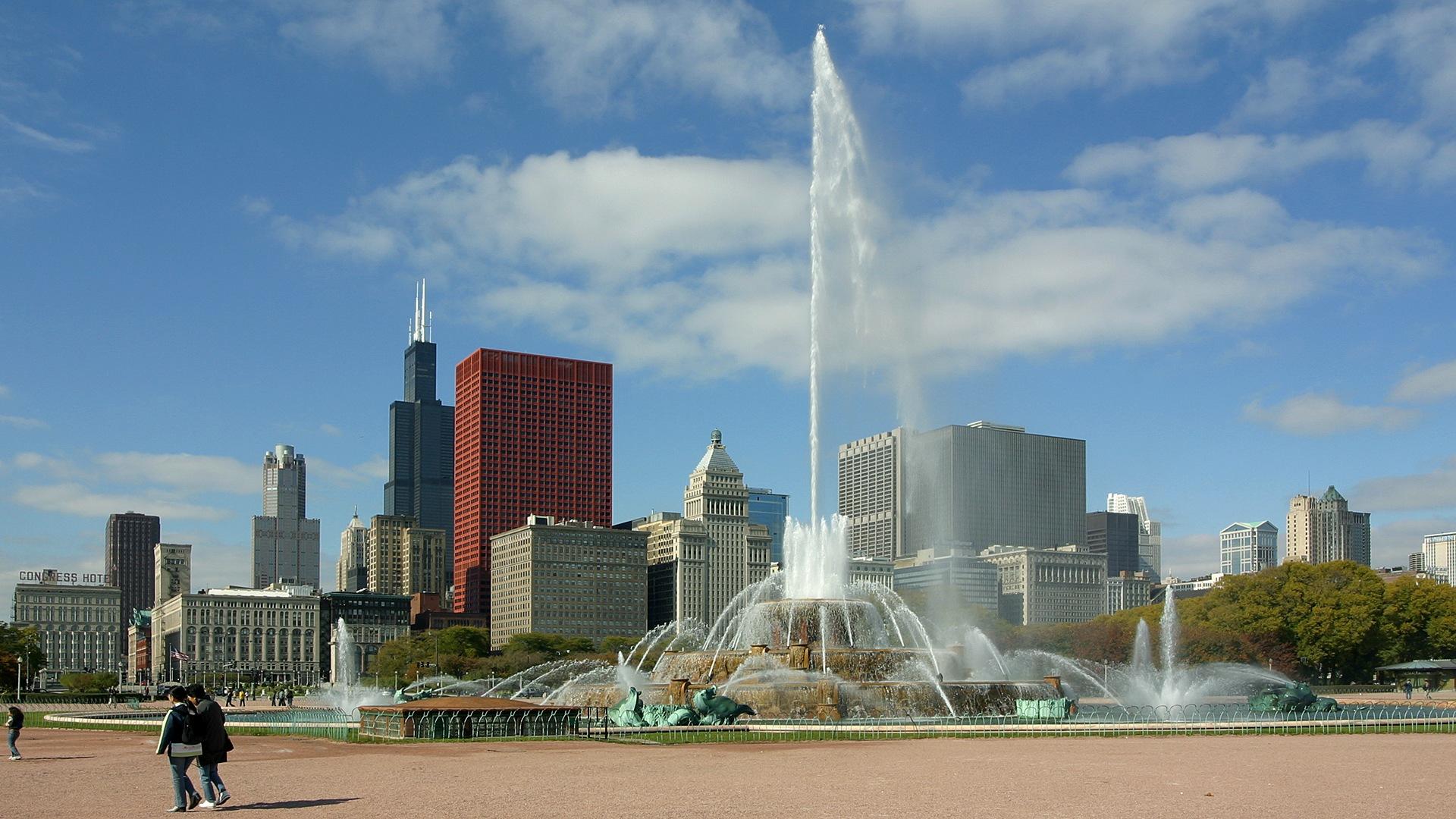 Resultado de imagem para wallpaper Fonte Buckingham, Chicago